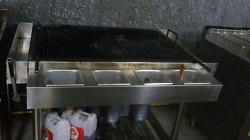 MANUAL GRILL WITH LAVAROCK ARANG